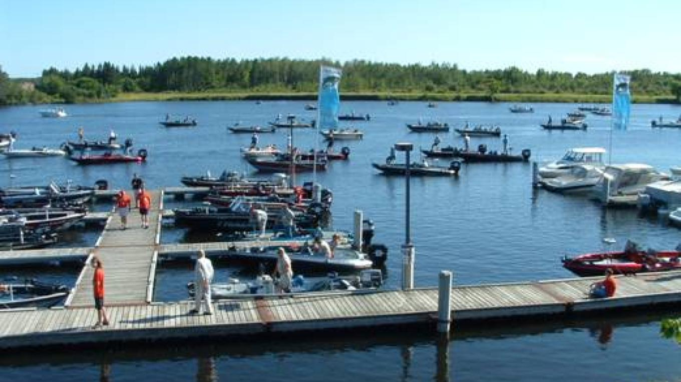 Fort Frances Canadian Bass Championship – Fort Frances Chamber of Commerce