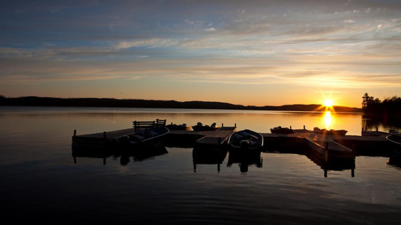 Boats at the dock - Gunflint Lake – Gunflint Trail Association