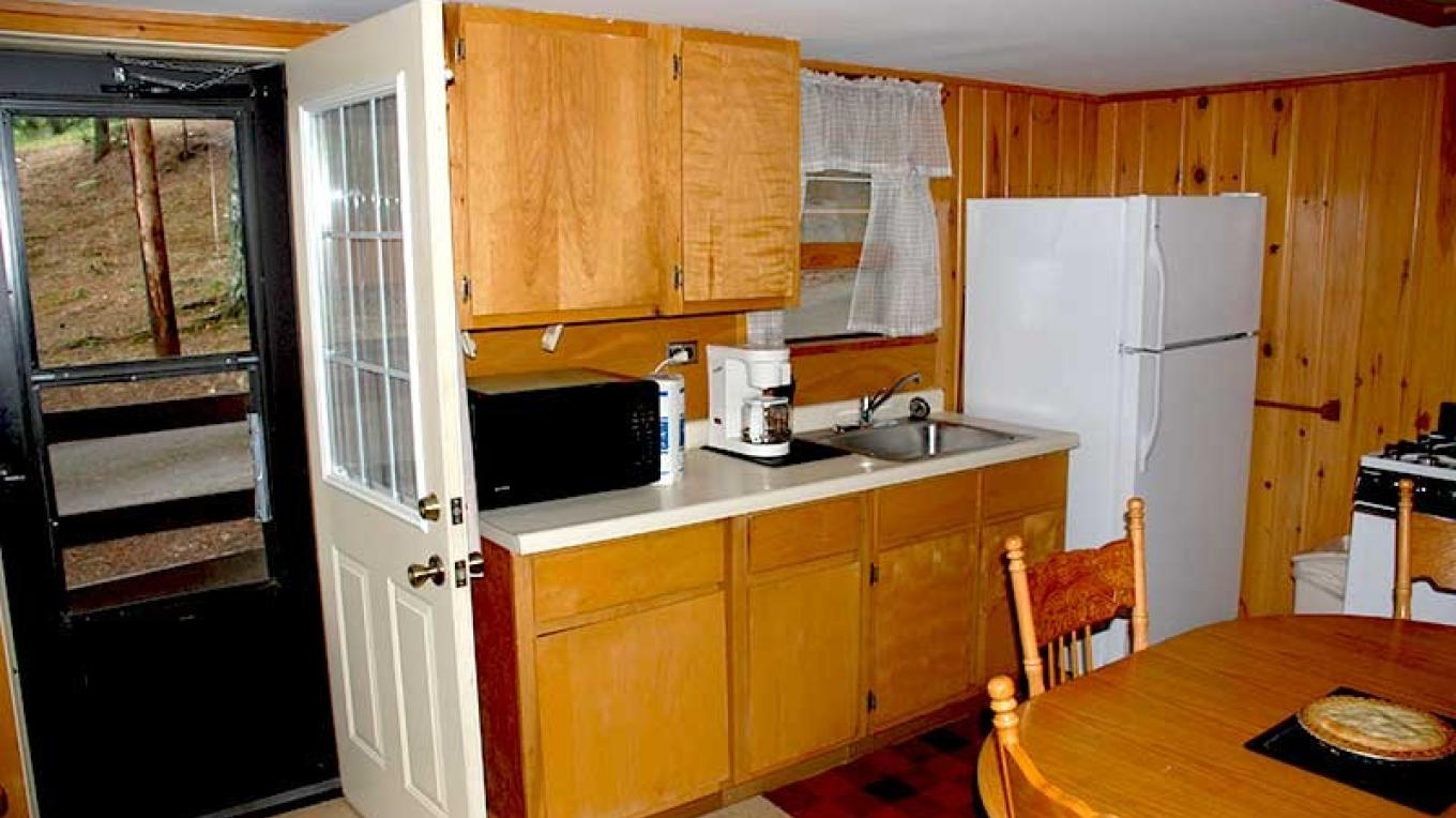 Kitchens are completely equipted – Pine Point Lodge