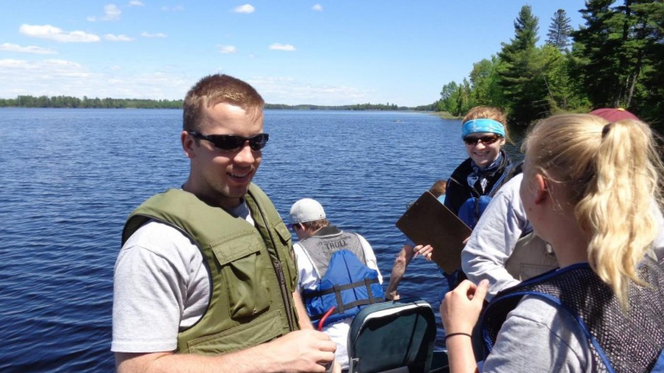 University of Minnesota Ecology Field Methods May term course held at Boulder Lake. – John Geissler