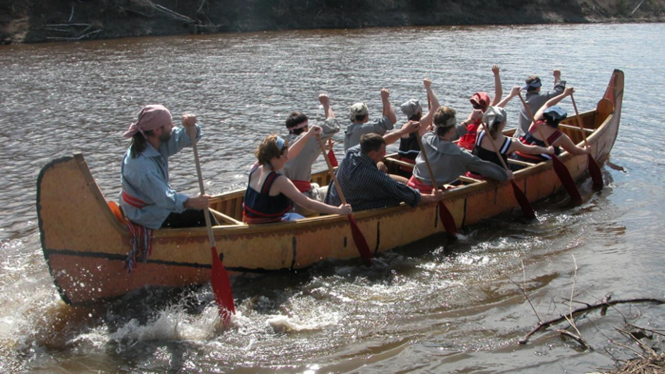 Experience a Voyageur canoe ride along Kaministiquia River – Fort William Historical Park