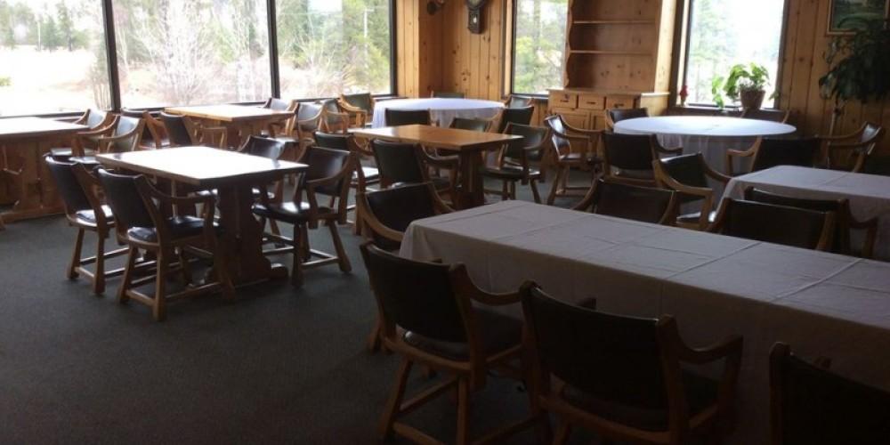 Seating Area – Tara Warren