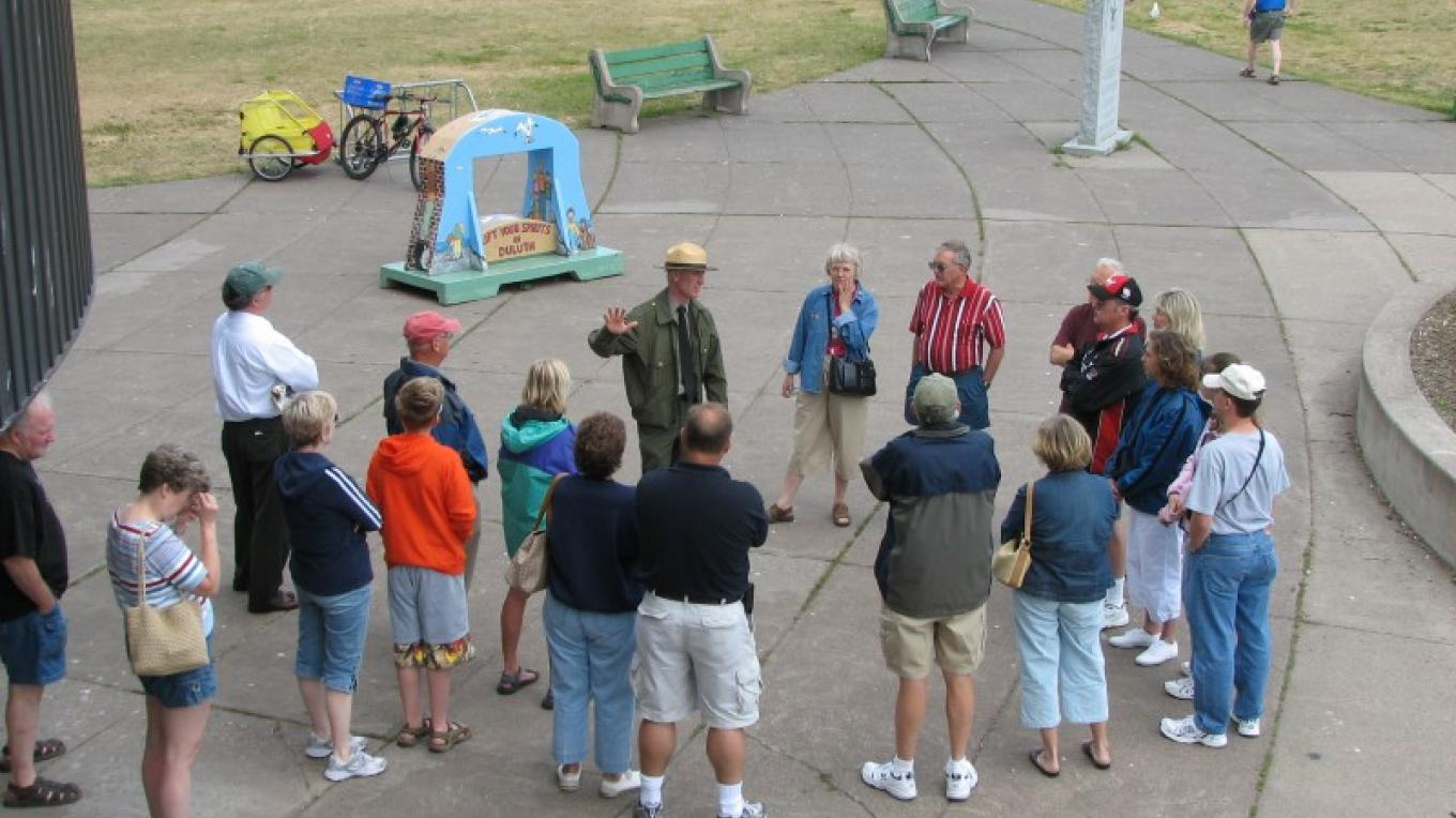 Park Ranger conducting a Pier History Tour. – US Army Corps of Engineers
