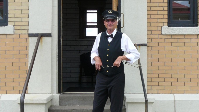 Historic site interpreter dressed as a 1920 lighthouse keeper. – Lee Radzak