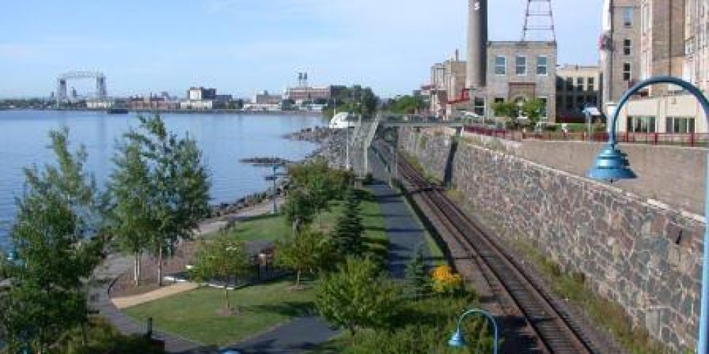 The Lakewalk trail hugs the shores of Lake Superior and parallels the path of the North Shore Scenic Railroad line. – Steve Forslund