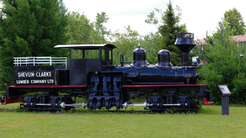 Shevlin-Clarke Locomotive – Lynx Photography (Doug Strom)