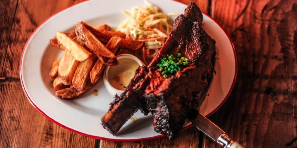Beef Rib served with Coleslaw, Chips & Aioli – Alexander Skochinski