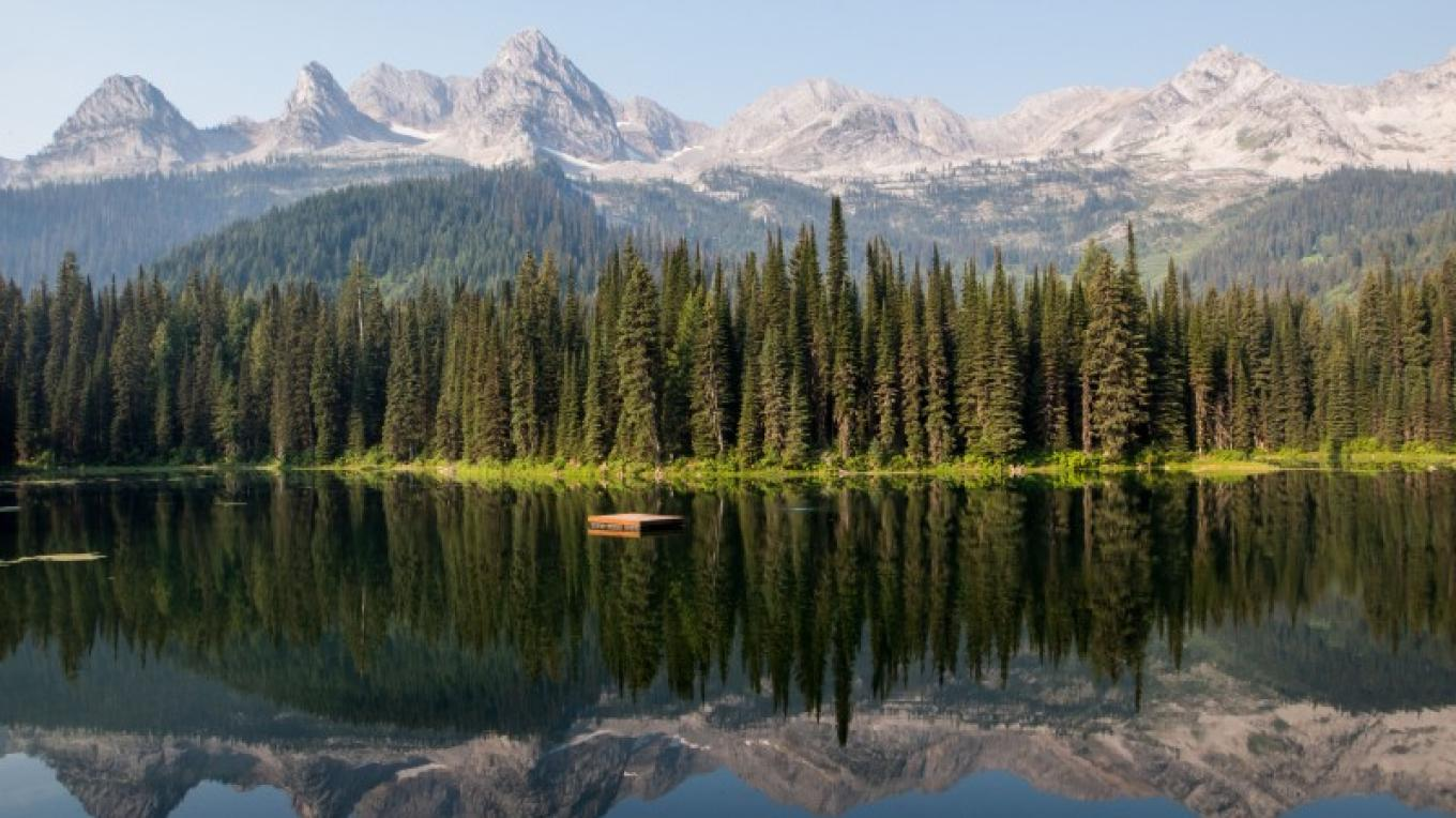 Views of the Three Brothers from Island Lake . – Sheena Pate