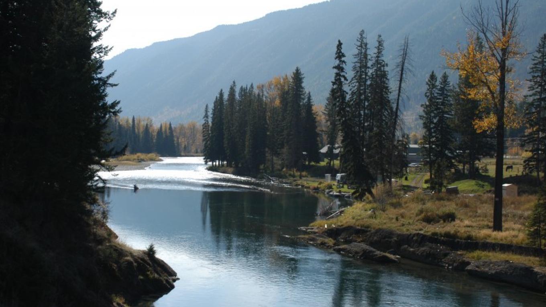 Sparwood set alongside the Elk River. – Jhim Burwell