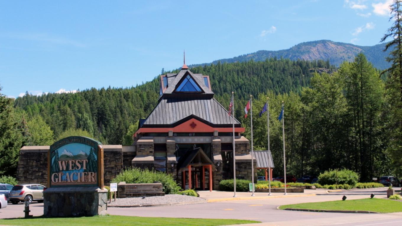 Travel Alberta Visitor Center – Sheena Pate