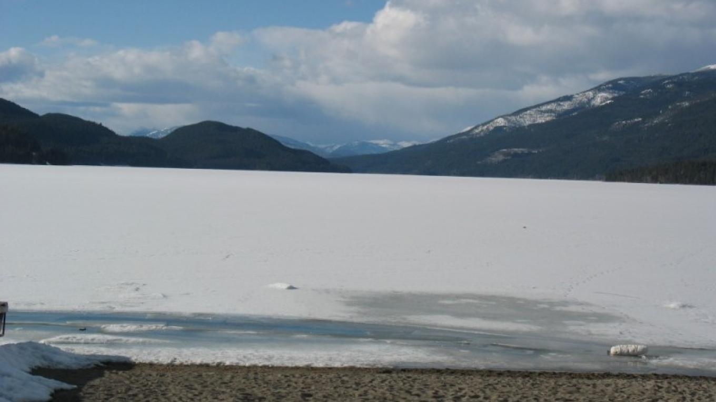Winter on Whitefish Lake – Jan Metzmaker