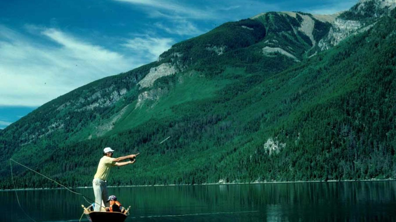 Whiteswan Lake offers quality rainbow trout fishing. – Vicky Stefopoulou