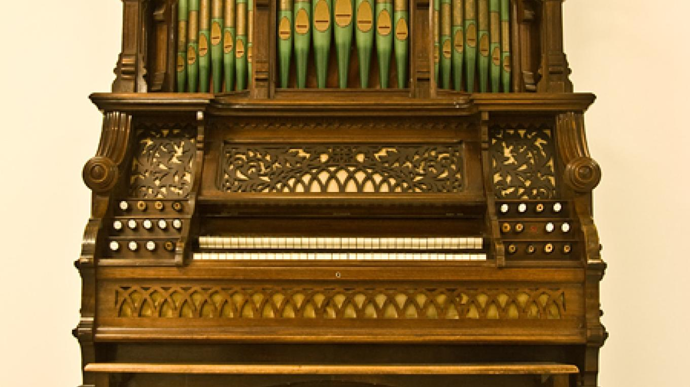 Pipe organ is pride of Fort Museum artifact collection – David Thomas