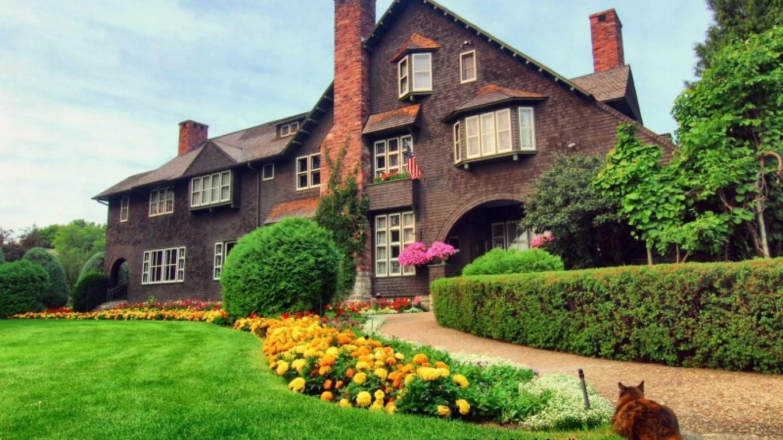 Conrad Mansion – Patrick Booth
