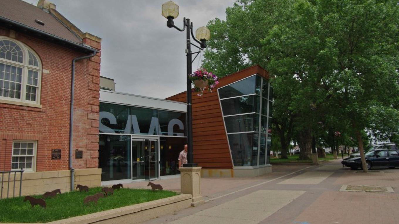 SAAG - Southern Alberta Art Gallery rests on the south side of the Galt Gardens downtown park – gwd G.Wayne Dwornik