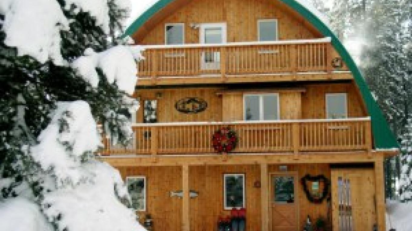Moss Mountain Inn in winter – Dave and Chris Handley