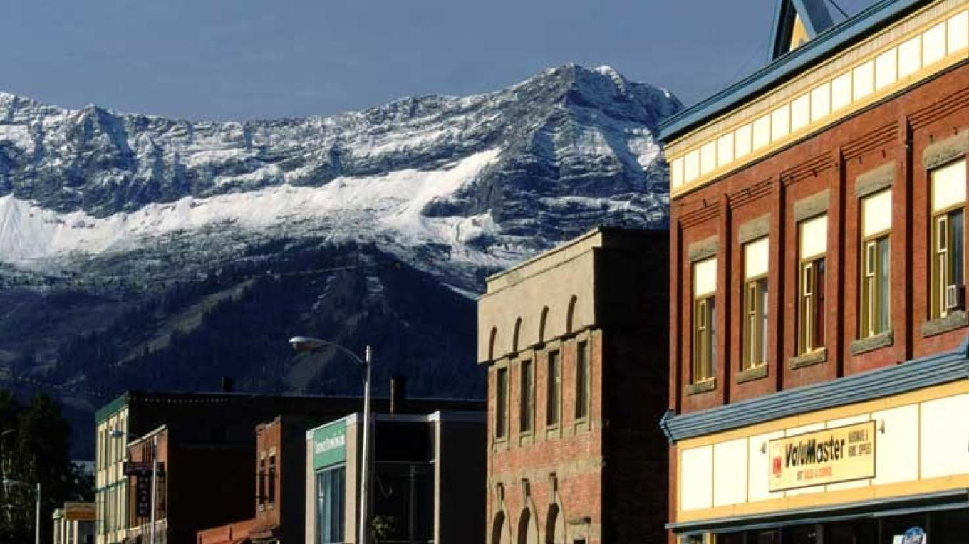 Fernie's downtown features a dramatic mountain backdrop. – Don Weixl