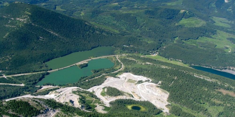 Island Lake Recreation Area, lower left. Continental Divide separates Island Lake in Alberta from Summit Lake in British Columbia. – David Thomas