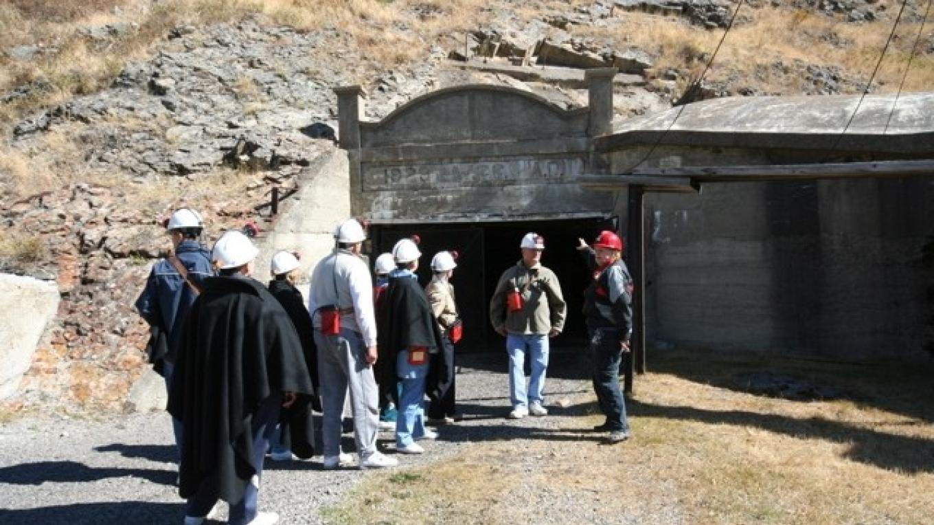 Bellevue Mine entrance – Courtesy Alberta Culture and Community Spirit