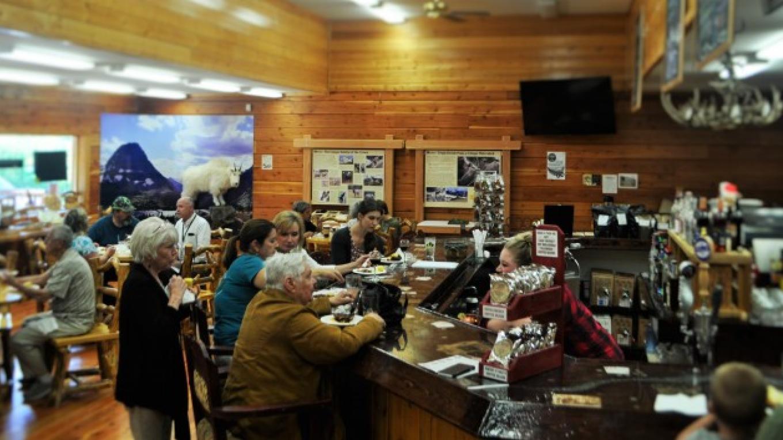 Bubba Luke's Old Fashioned Ice Cream Parlor – Katie LeBlanc