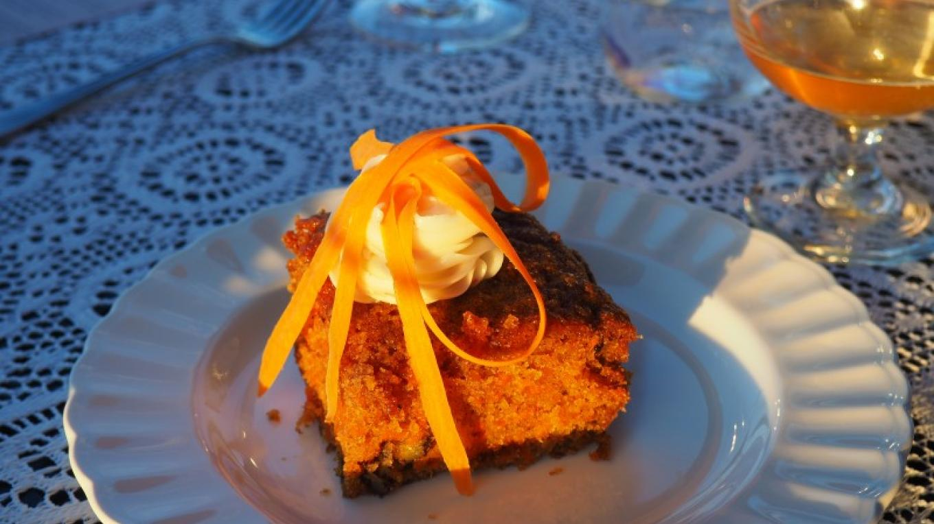 "Dessert course at ""Fine Dining with Lavender"" farm-to-table dinner – Lisa Stadler"
