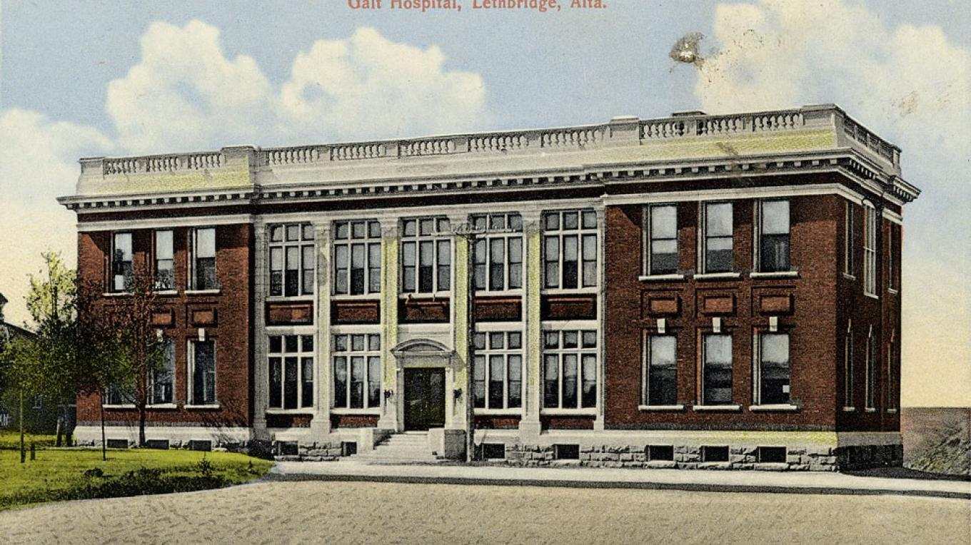 A postcard of the 1910 Galt Hospital, now the education wing of the Galt Museum & Archives – Courtesy Galt Museum & Archives, P19891068024
