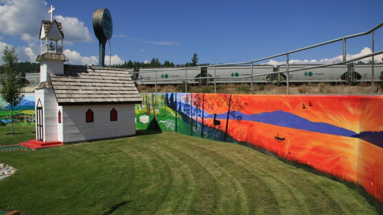 Murals & Mini Golf