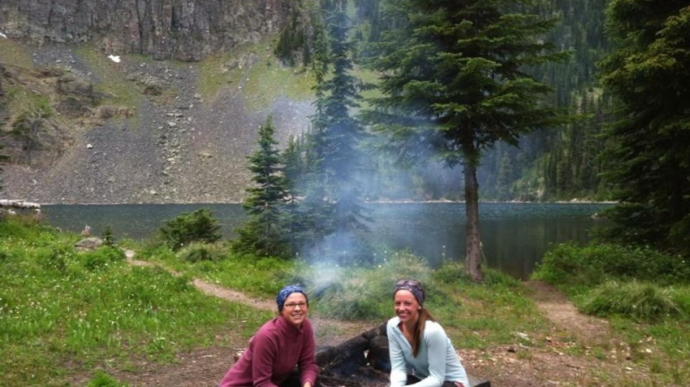 Enjoying a lunch fire on a day hike. This site could be a great option for overnight tent camping. – Carrie Kaarre