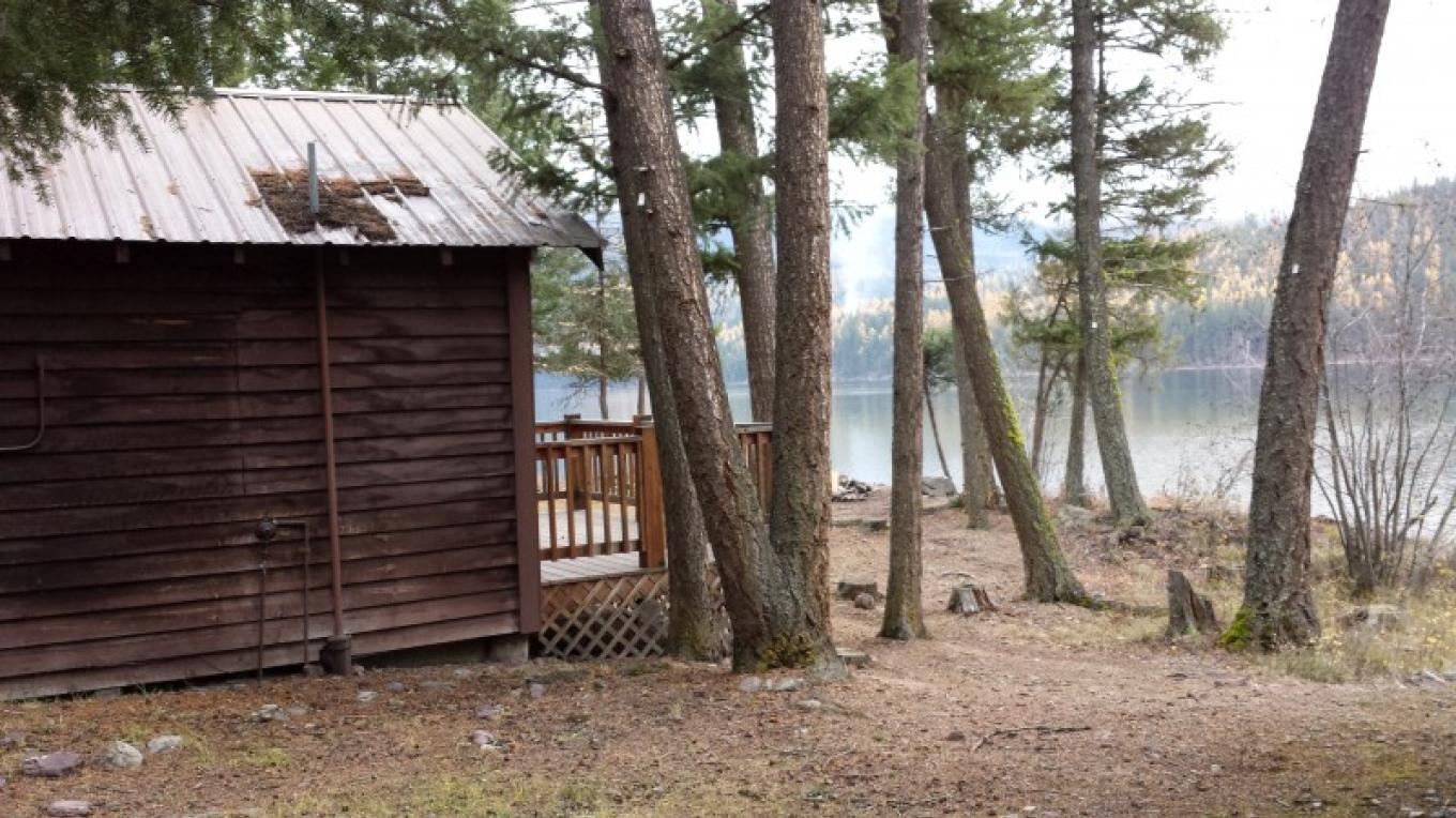 Holland Lake Lodge Cabins – Sheena Pate