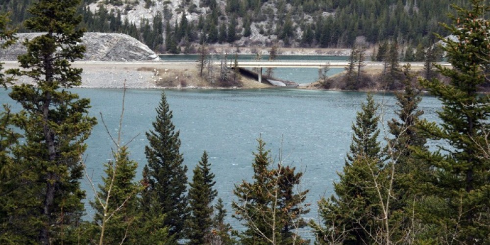 Seasonally, Emerald Lake empties into Crowsnest Lake via outlet under Highway 3. – David Thomas