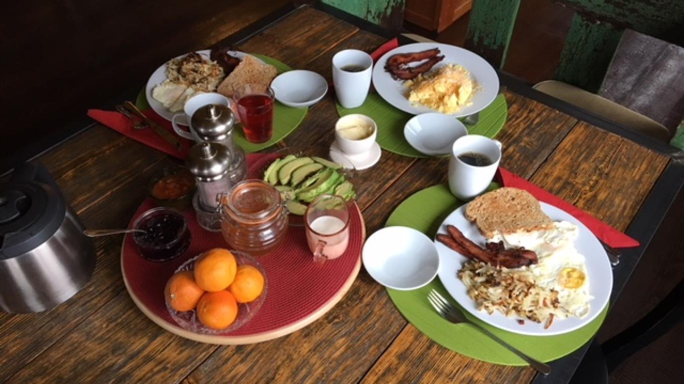 Breakfast at Borderline Bed and Breakfast – Jon Wakem