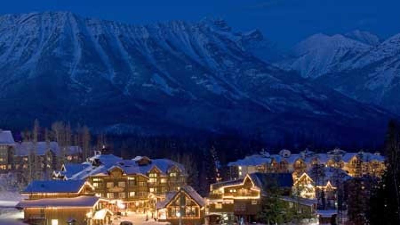 Fernie receives an average of 9 m (29 ft) of snow each year and the mountain offers a variety of terrain. – Henry Georgi
