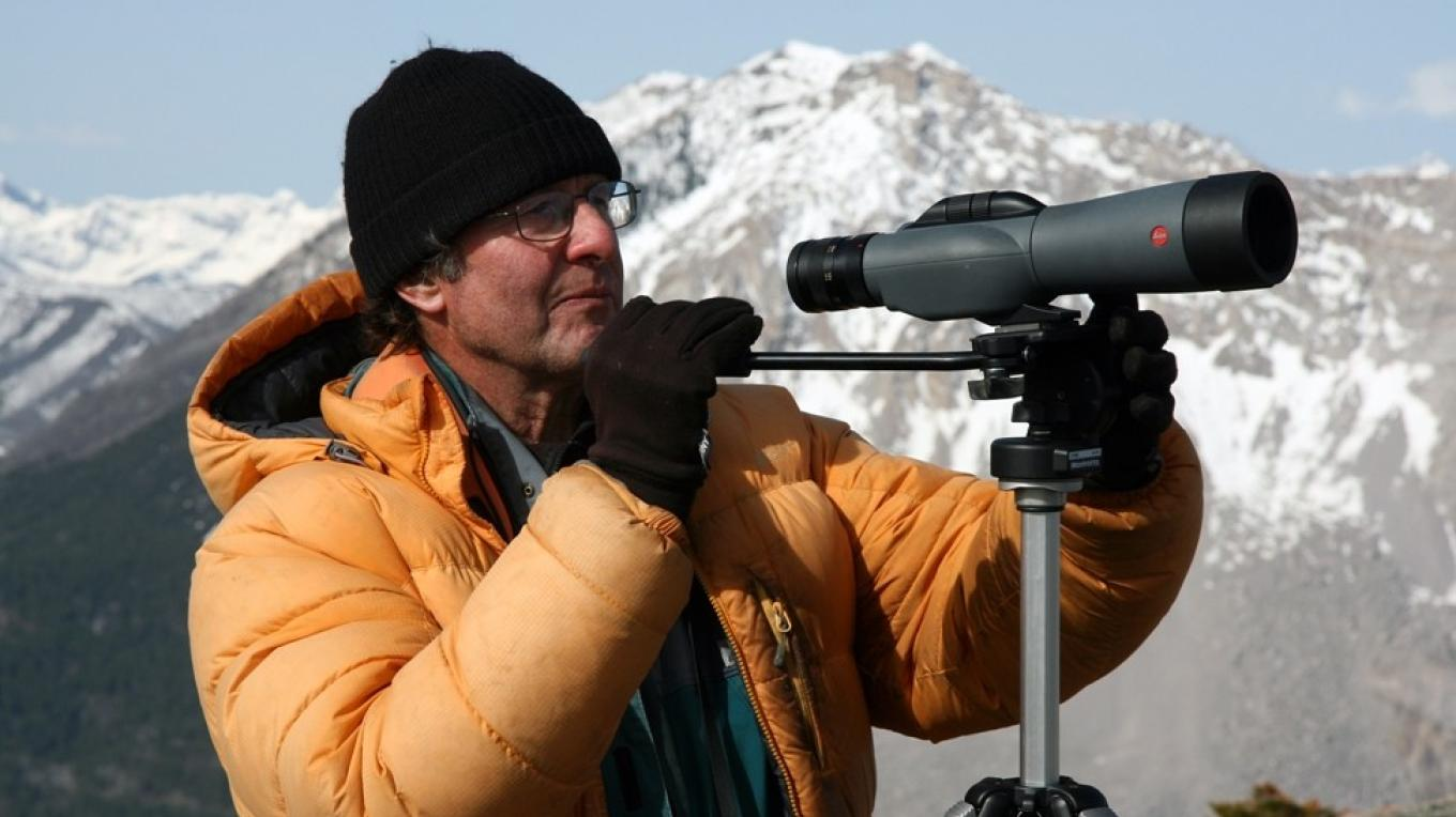 Rocky Mountain Eagle Foundation Research Director Peter Sherrington atop Piitaistakis Ridge, Spring 2009. – David Thomas