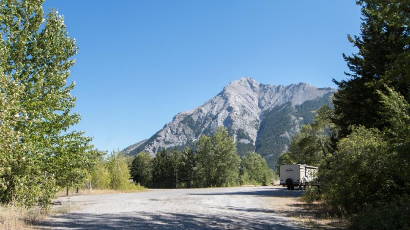 Island Lake Provincial Recreation Area Campground – Sheena Pate