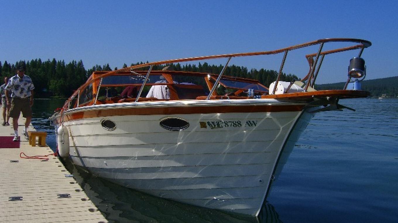 Lady of the Lake Boat Cruise
