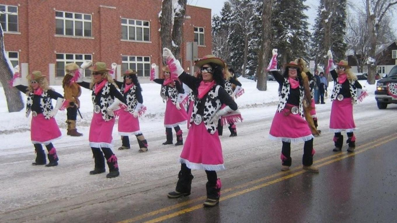 Working Women of Whitefish Carnival Parade group – Joyce Murphy