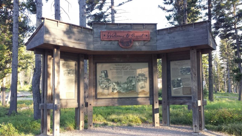 Garnet Ghost Town Entrance – Sheena Pate