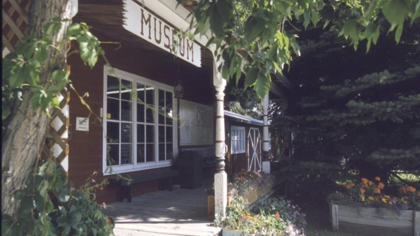 Old Trail Museum Entrance – Donnie Sexton, Travel Montana