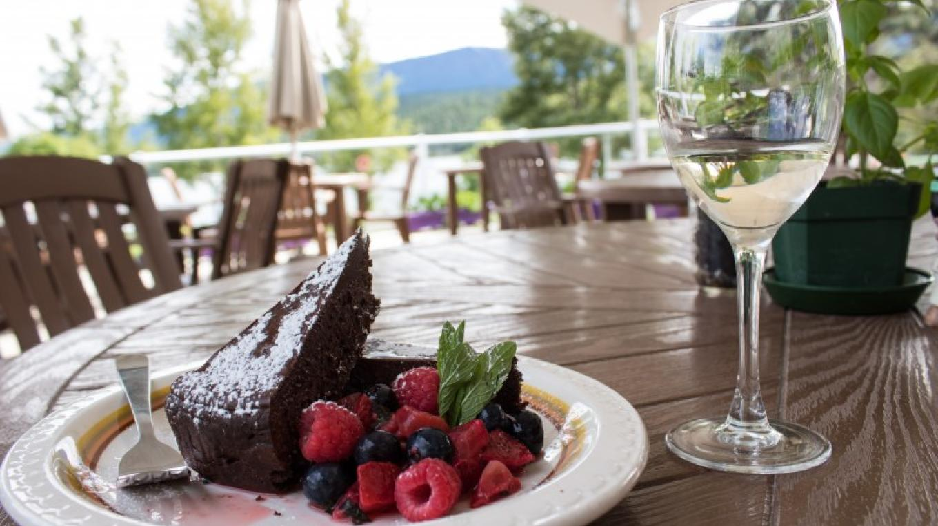 Dining on Lake Windermere next to Kinsmen Beach. – Sheena Pate