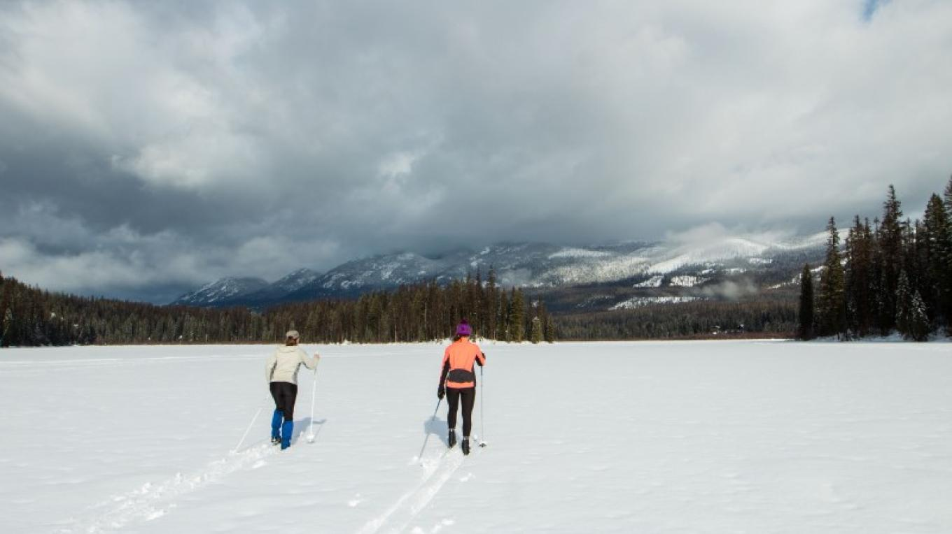 Dog Creek Nordic Trails across Dog Lake – Sheena Pate