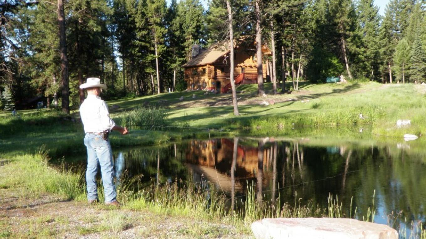 Heritage Lodge - Fishing the Trout Ponds – Belinda Rich