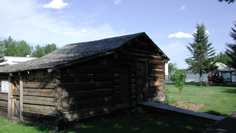 First Cabin on site of Eureka – Matthew Rumble