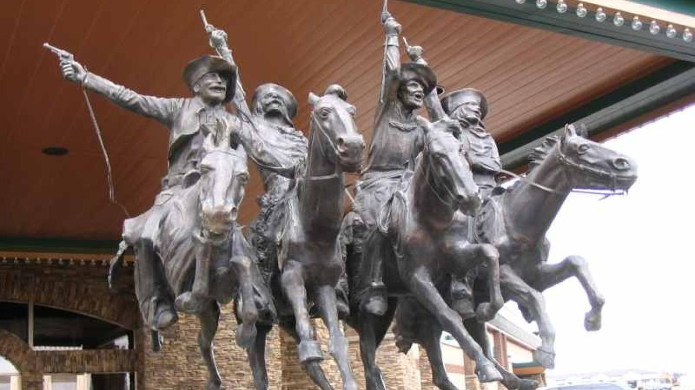 Several Western themed sculptures can be found at Casino Lethbridge as well,  located on the far east end of the city just off Crowsnest Trail – gwd   G.Wayne Dwornik