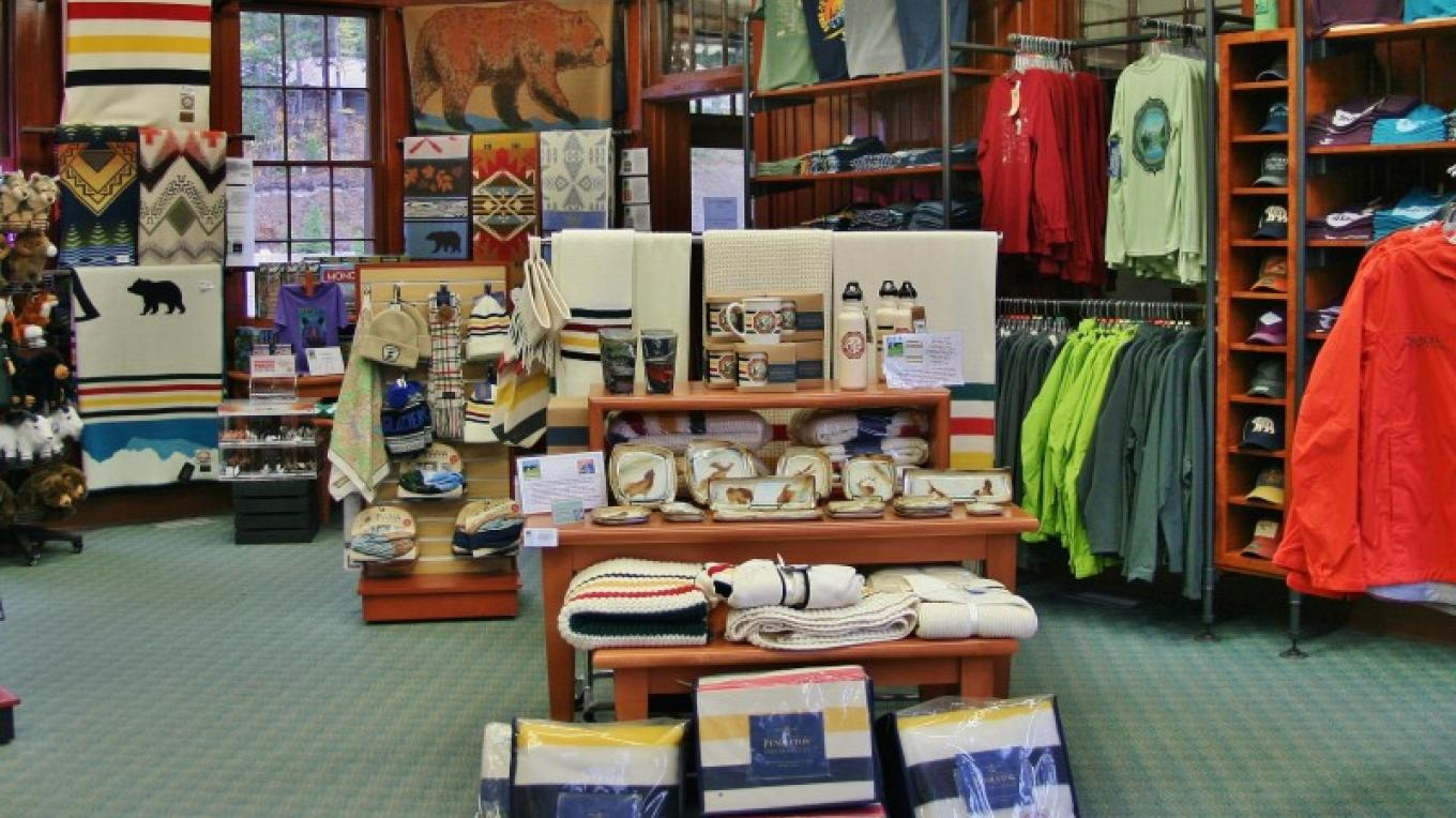 Glacier Conservancy Park Gift Store @ the Historic Belton Train Station – Glacier National Park Conservancy