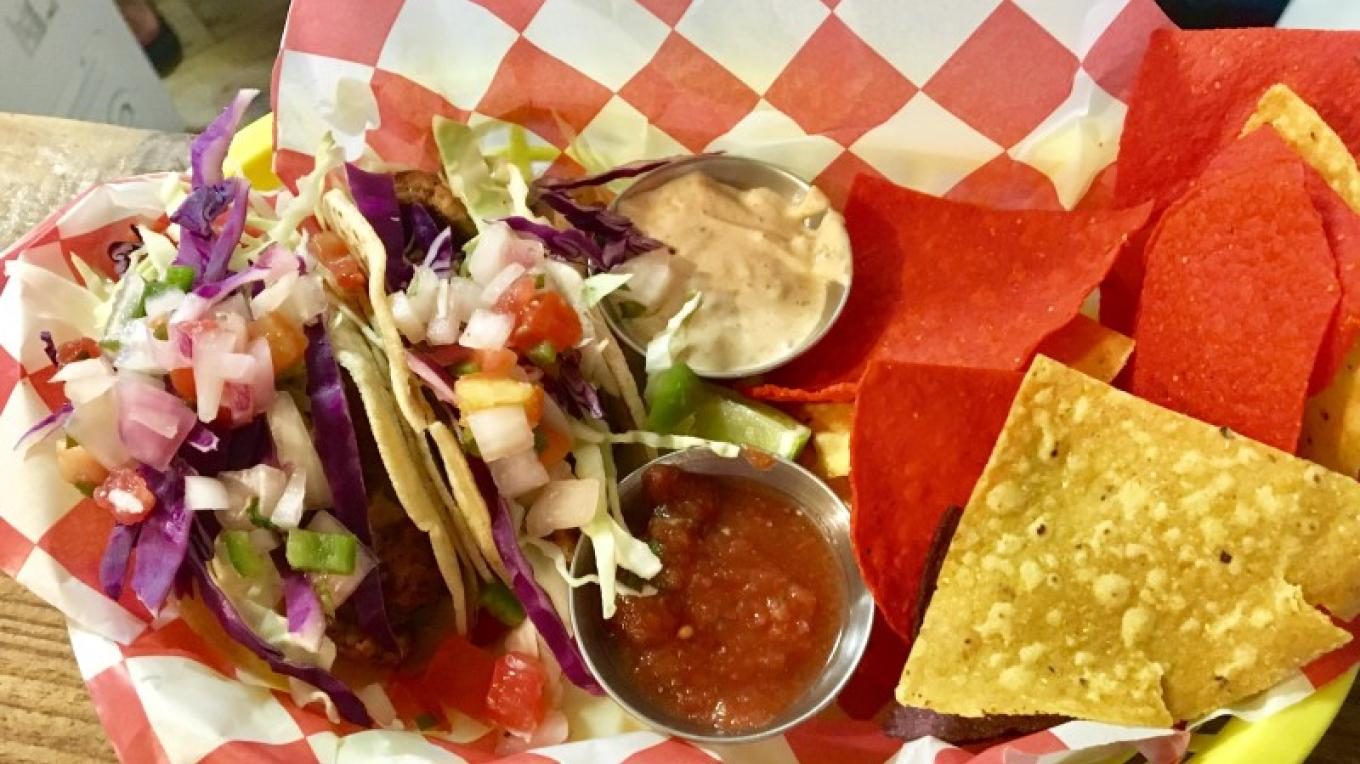 Blackened tuna tacos with chips and salsa – Ginger Rodack