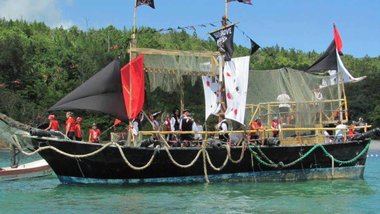 Christopher Columbus: La Niña / Colón: La Niña