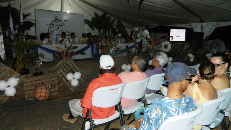 Captains meeting, 1st night of the Event / La Cita de los capitanes a la noche primera