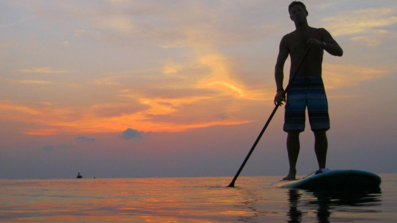 Sunset paddle in Half Moon Bay / La puesta del sol de la pala en la Bahía de la Media Luna