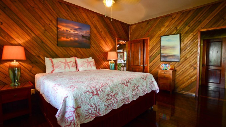 King bedroom at Annabel. – Ruth Healey-Elmore
