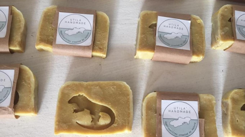 Handmade soaps / Jabones hechos a mano – Utila Handmade Co-op